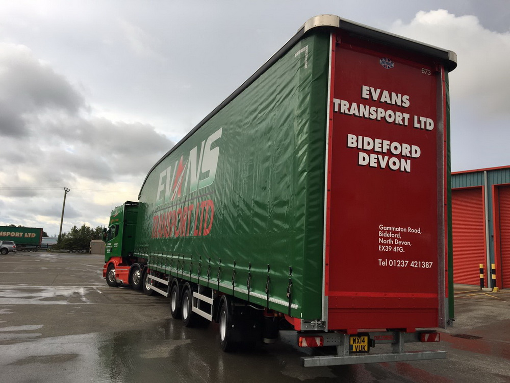 Evans transport Cartwright trailers 02